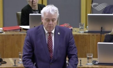 Carwyn Jones urged not to vote in today's Senedd debate on bullying claims