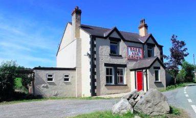 Police appeal after break-in at pub on Flintshire border