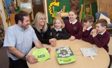 Saltney Ferry Primary school receives life-saving device from Airbus