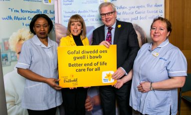 Mark Tami and Fay Ripley help launch Marie Curie's Great Daffodil Appeal